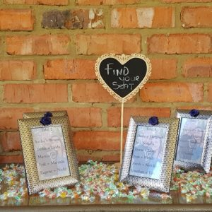 The seating arrangements at Benedetto On Vaal Venue during Dwaine and Inge-Mari wedding